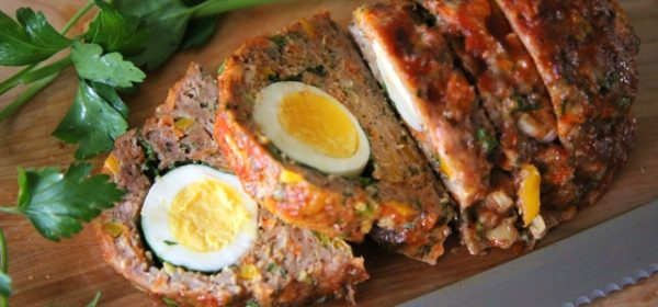 Paleo Meatloaf with Egg in the Middle